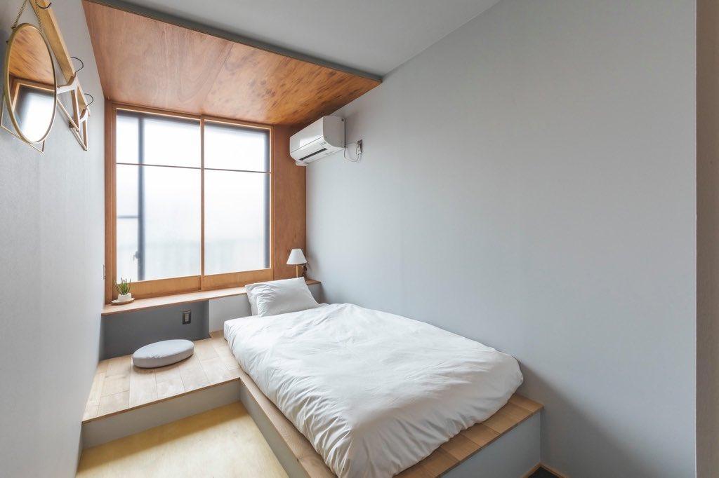 GUEST ROOM 201.jpg